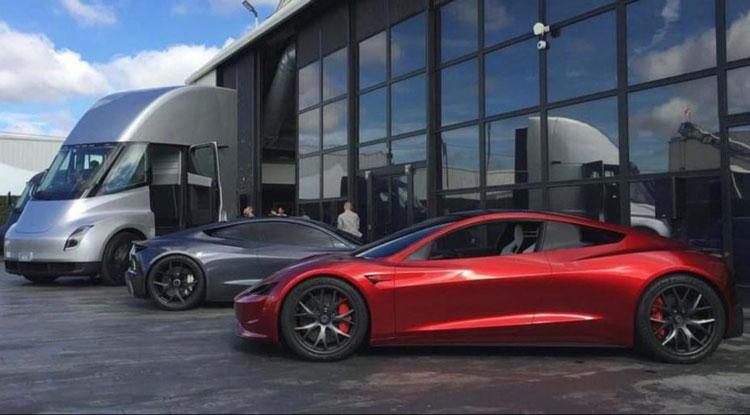 Свежий «завтрак» от Маска: новые аккумуляторы Tesla появятся не раньше 2022 года