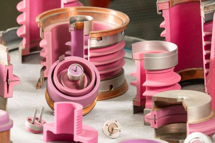 В России создали лучшее в мире оборудование для производства радиотехнической керамики