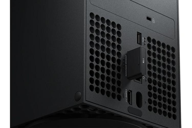 Фирменный внешний SSD для Xbox Series X и Series S объёмом 1 Тбайт оценён в $220