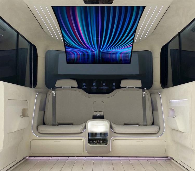 """LG и Hyundai превратили электромобиль в квартиру. Внутри есть холодильник, кофемашина и 77"""" экран"""
