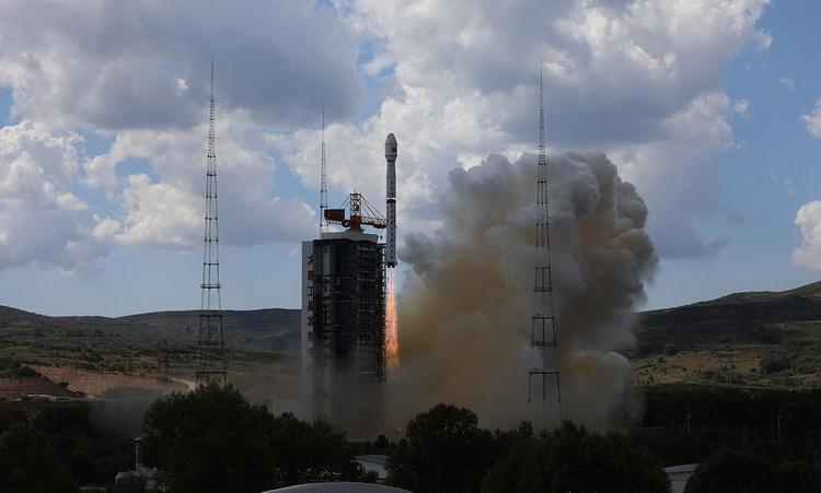 Космический шахтёр: китайская компания запустит аппарат для добычи полезных ископаемых из астероидов