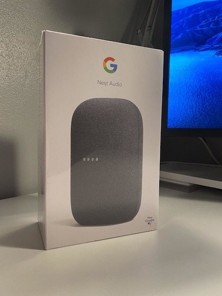 Грядущая умная колонка Google Nest Audio показалась на фото: ничего лишнего