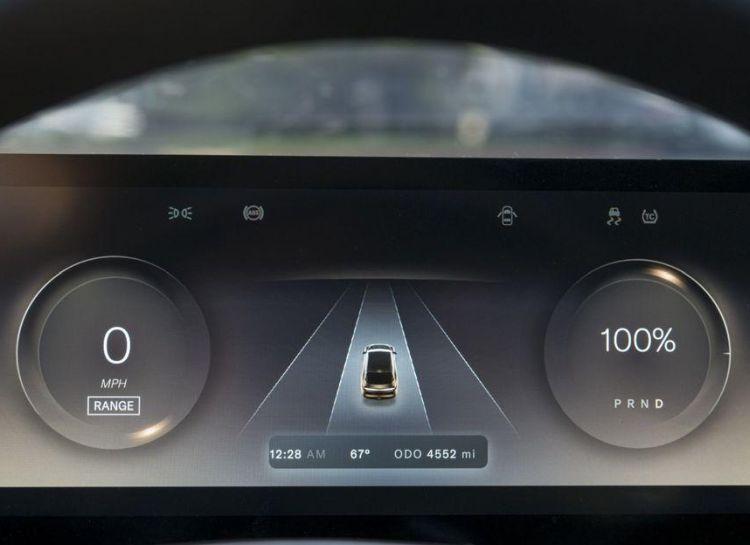 Конкурент Tesla считает, что не только батареи являются залогом успеха электромобиля