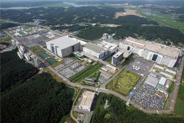Завод LG в южнокорейском Пхаджу, который должен был быть остановлен в этом году