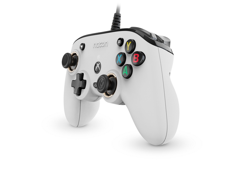 Nacon представила серию геймпадов для новых и старых консолей Xbox, ПК и смартфонов