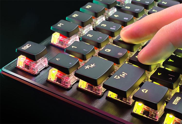 """Срок службы переключателей клавиатуры Roccat Vulcan TKL Pro достигает 100 млн срабатываний"""""""