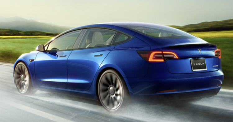 "Tesla увеличила запас хода и улучшила динамику электрокара Model 3"""