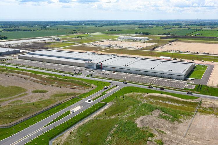 Летний снимок «завода» Foxconn в штате Висконсин. Источник изображения: Curtis Waltz