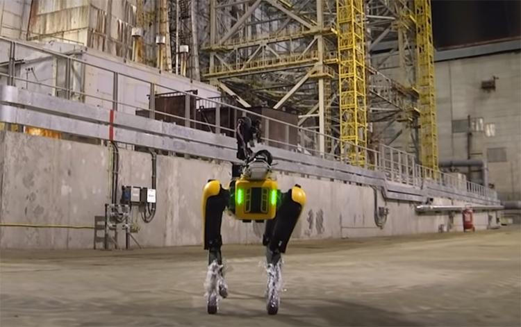 Робособака Boston Dynamics SPOT начала «вынюхивать» радиацию в Чернобыле