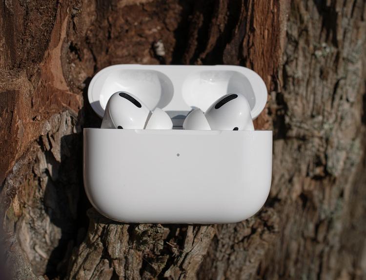 Apple готовит две свежие модели наушников AirPods и обновлённый смарт-динамик HomePod