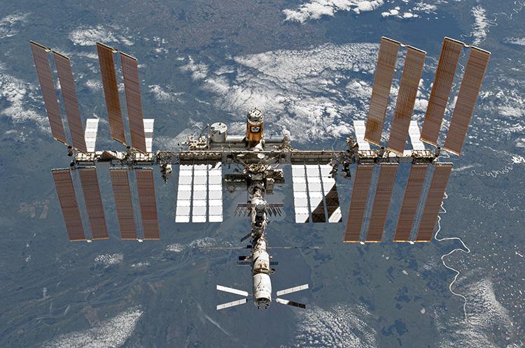 МКС, март 2011 года (NASA)