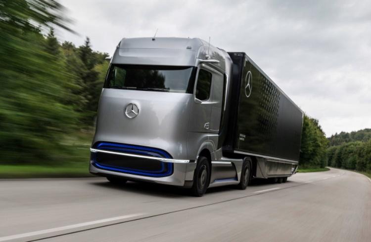 Концепт грузовика на водородных топливных элементах Mercedes GenH2