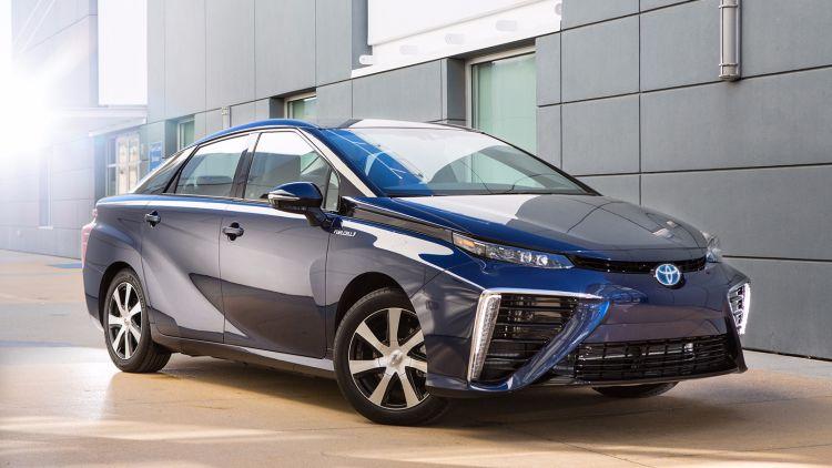 """Глава Toyota намекнул, что Tesla есть чему поучиться у японской компании"""""""