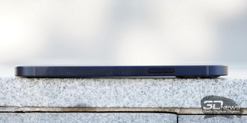 iPhone 12, правая грань: клавиша включения/блокировки