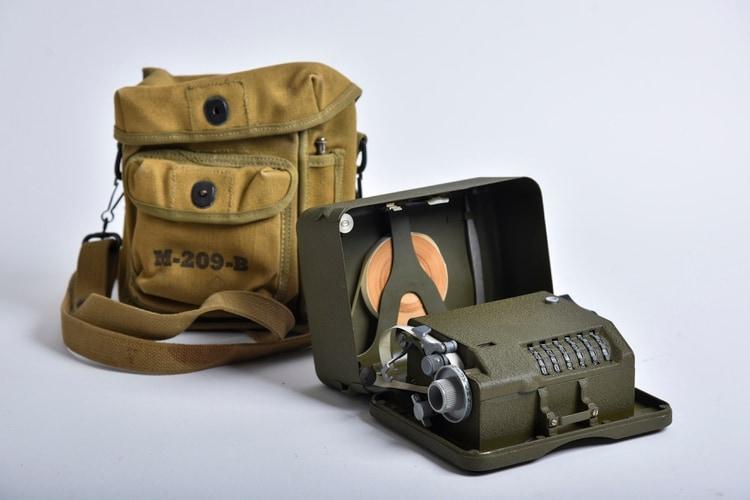 Одно из первых устройств для шифрования M-209-В. Источник изображения: Jahi Chikwendiu/The Washington Post)
