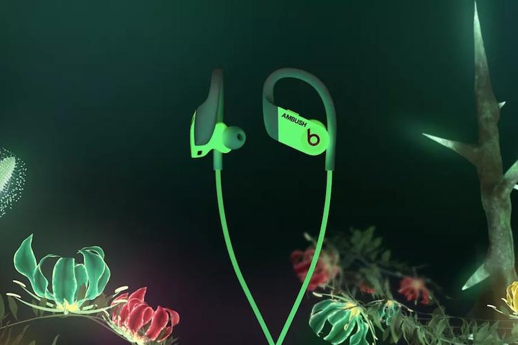 Беспроводные наушники Beats Powerbeats появились в версии, которая светится в темноте