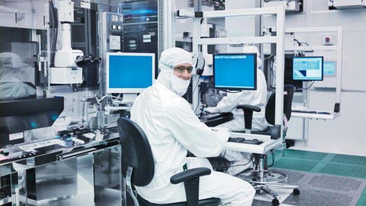 Intel попросила Байдена финансовоподдержать развитие американской полупроводниковой отрасли