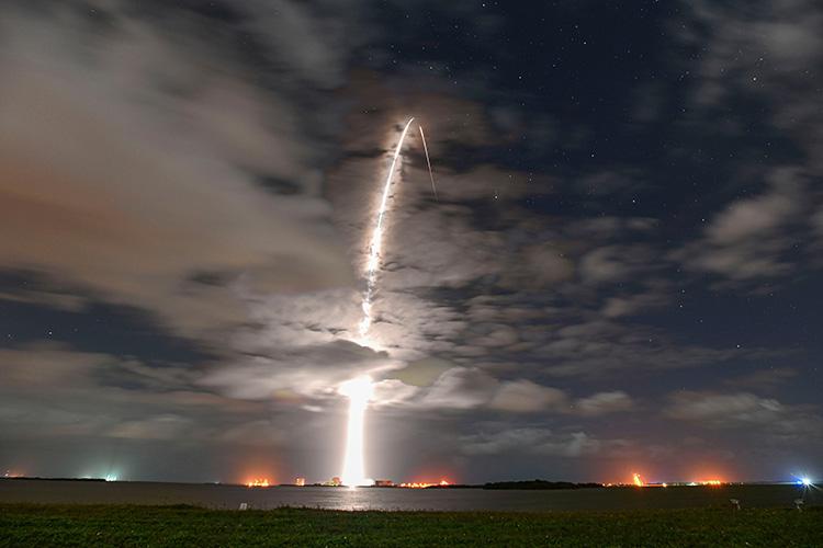 SpaceX установила рекорд повторного использования ракет — одна из Falcon 9 была запущена в седьмой раз