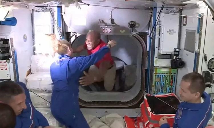 Изображение: NASA TV