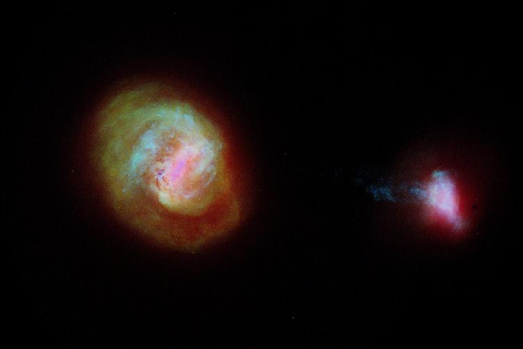 Два крупнейших спутника Млечного Пути — Большое и Малое Магеллановые Облака