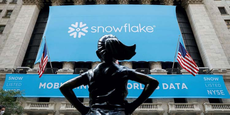 Snowflake capitalization reached $120 billion, now the company is more expensive than IBM and AMD.