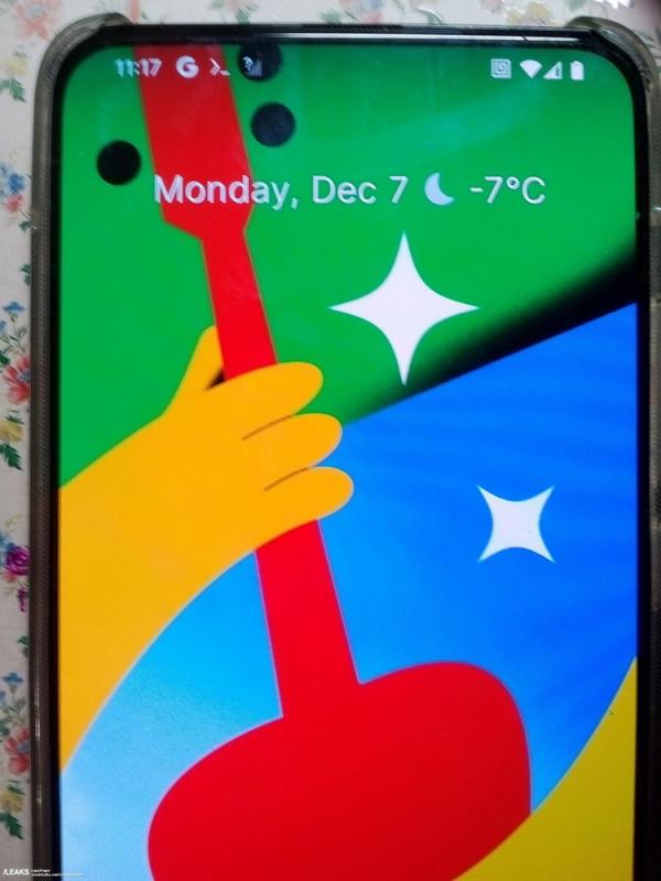 Флагманский Google Pixel 5 Pro будет построен на старом чипсете и получит подэкранную камеру
