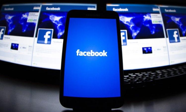 Власти США передали в суд два антимонопольных иска против Facebook. Компанию могут заставить продать Instagram и WhatsApp