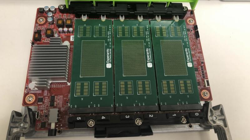 Модуль расширения OCP Glacier Point v2 с шестью чипами Esperanto ET-SoC-1