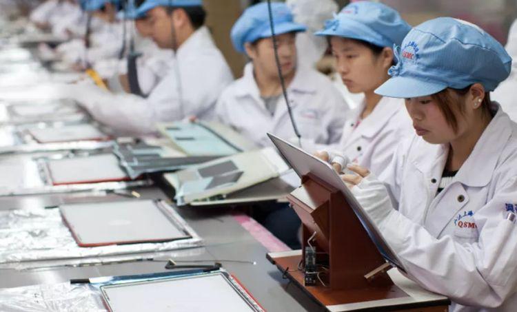 Выяснилось, что Apple закрыла глаза на нарушения прав китайских рабочих, чтобы резко увеличивать объёмы производства