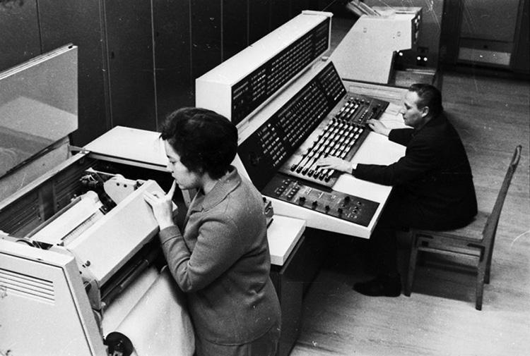 Центр дальней космической связи, пункт управления полетов «Венеры-7». Фото из архива РГАНТД
