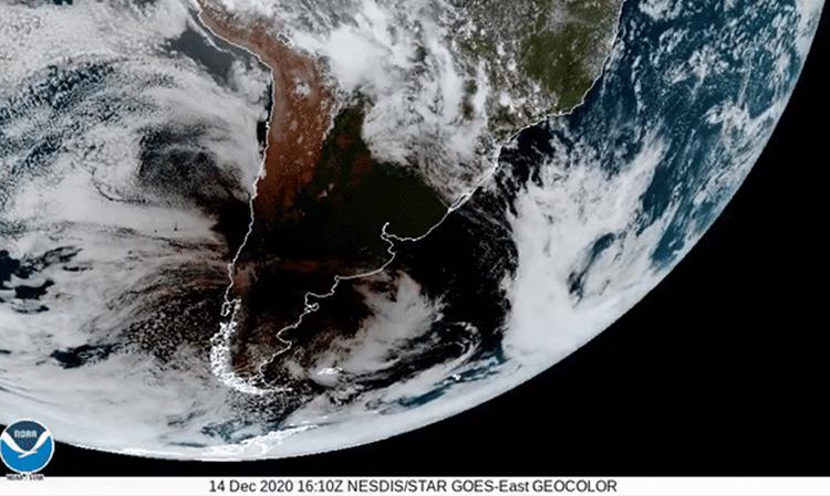 Снимок с близкого ракурса. Источник изображения: NOAA