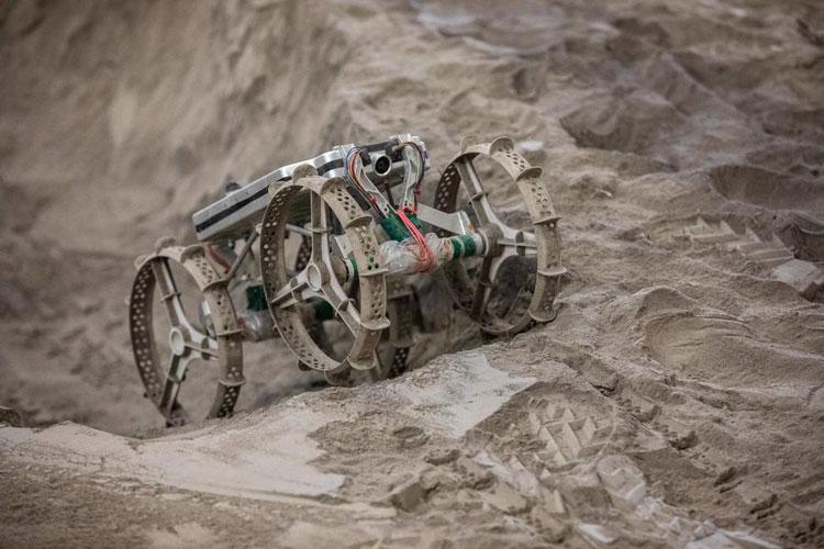 NASA выложило видео испытаний ходовой части самого маленького коммерческого лунохода