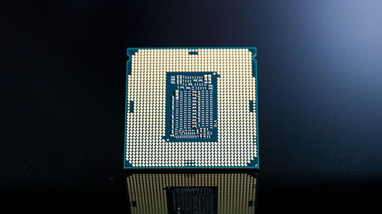 Intel Core i7-11700K is 8% faster than AMD Ryzen 9 5950X in single threaded Geekbench test