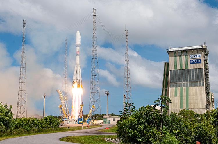 """«Союз СТ-А» вывела на орбиту французский спутник CSO-2. Это был последний пуск «Роскосмоса» в 2020 году"""""""