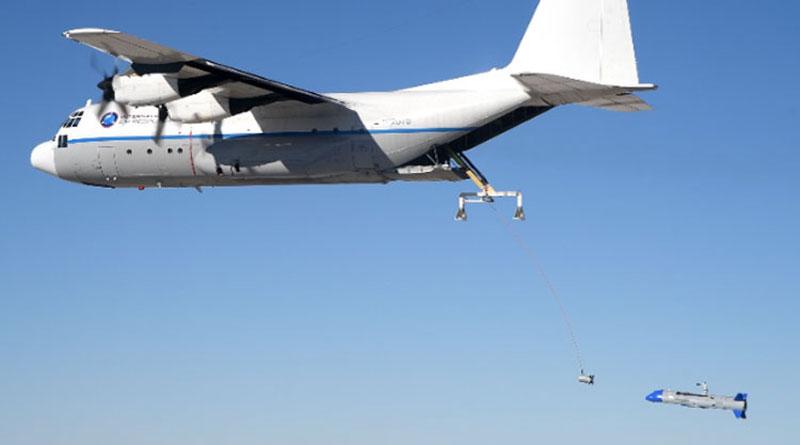 Попытка воздушного подхвата БПЛА транспортным самолётом. Источник изображения: DARPA