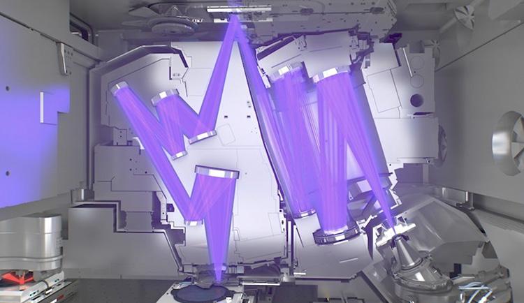 Использование лазеров при литографии в крайнем ультрафиолете