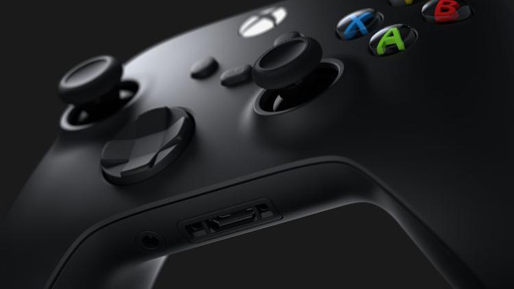 Microsoft объяснила, почему в контроллерах Xbox до сих пор используются батарейки AA—  вовсе не из-за контракта с Duracell