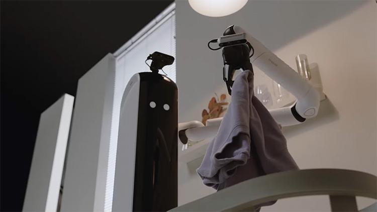Samsung показала робота Bot Handy, который уберёт вещи, сервирует стол, загрузит посудомойку и принесёт вино