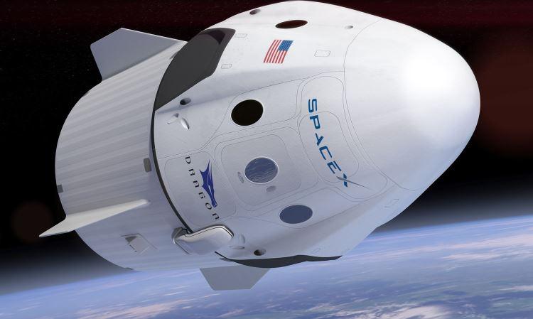 Космический корабль Dragon успешно отстыковался от МКС и направился к Земле