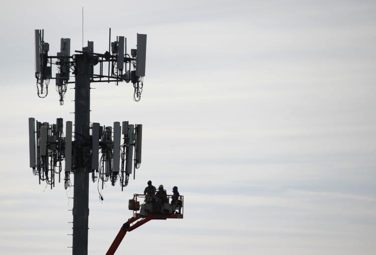 """Российские операторы могут перейти на оборудование 5G с открытым интерфейсом из-за требований властей"""""""