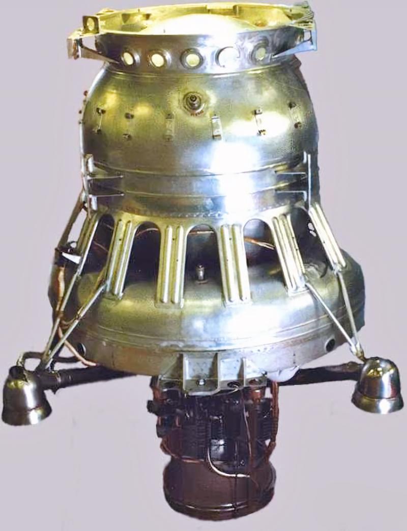 Корректирующе-тормозная двигательная установка КТДУ-5А для «Объекта Е-6». Источник: http://kbhmisaeva.ru/main.php?id=57