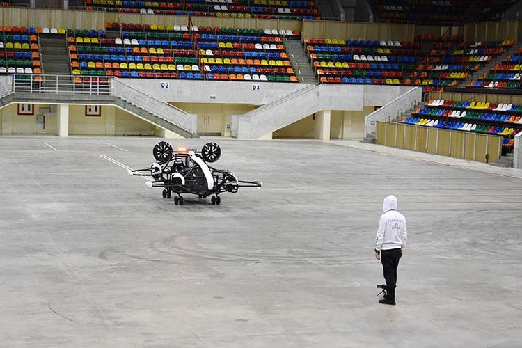 """В «Лужниках» стартовали лётные испытания аэротакси российской компании Hoversurf"""""""