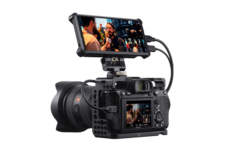 "Sony представила новый Xperia Pro — смартфон с 4К-экраном, старым процессором и портом HDMI по цене $2499"""