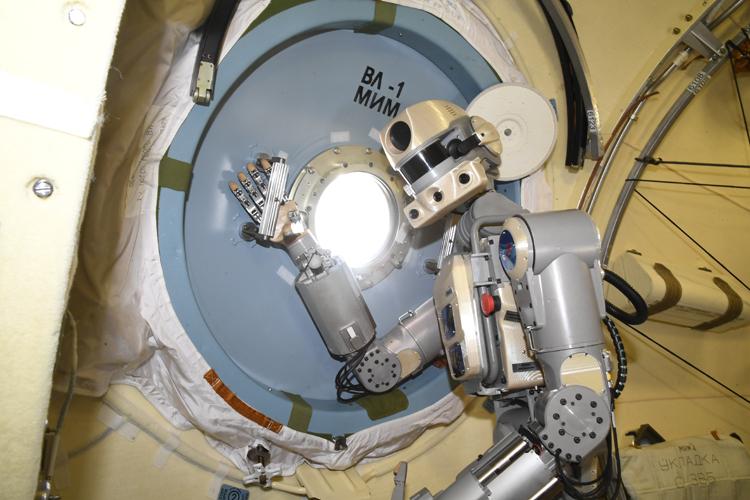 В России начато изготовление «Теледроида» для работ в открытом космосе