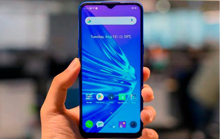 Realme за год почти удвоила продажи смартфонов и уже дышит в спину Huawei