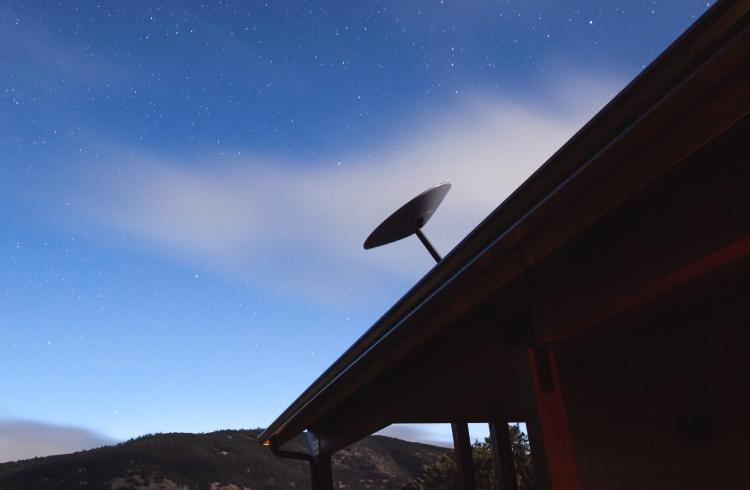 """Подключиться к спутниковому интернету Starlink теперь могут все желающие, но места пока ограничены"""""""