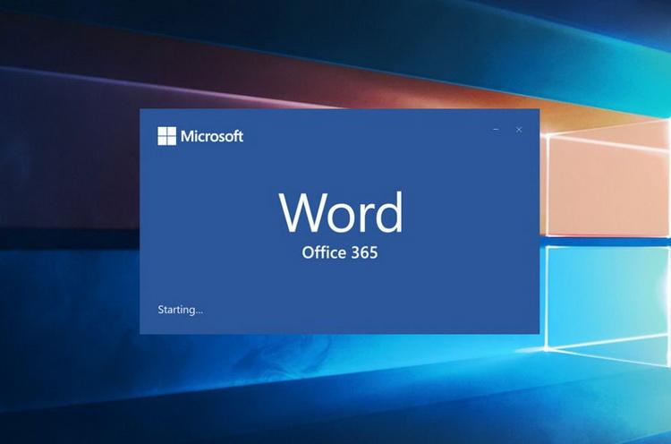 Ночной режим в Microsoft Word стал ещё темнее— холст теперь тоже чёрный