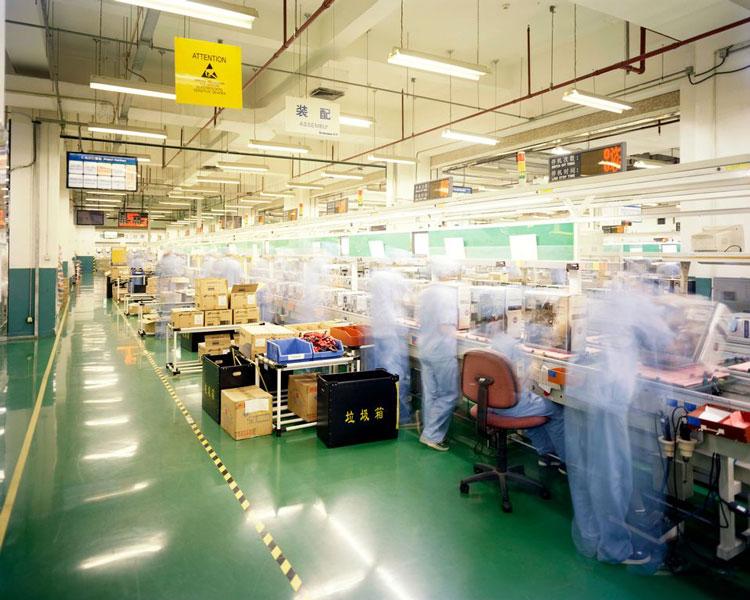На производстве Lenovo в Пекине в июле 2008 года. Источник изображения: Tony Law/Redux