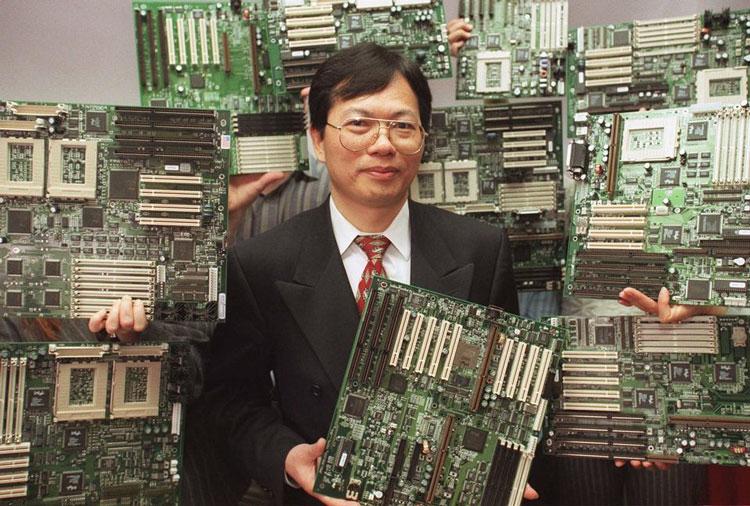 Основатель  Чарльз ляо (Charles Liang) в 1998 году. Источник изображения: