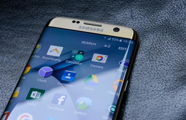 Samsung разрабатывает три приложения для Windows 10